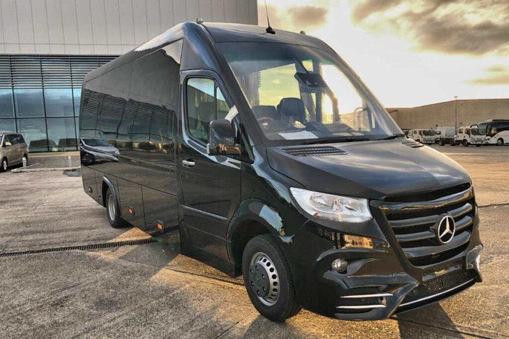 Crusader luxury coaches
